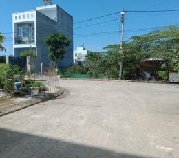 Cần bán lô đất f10 53m2, đường Long Phước Quận 9